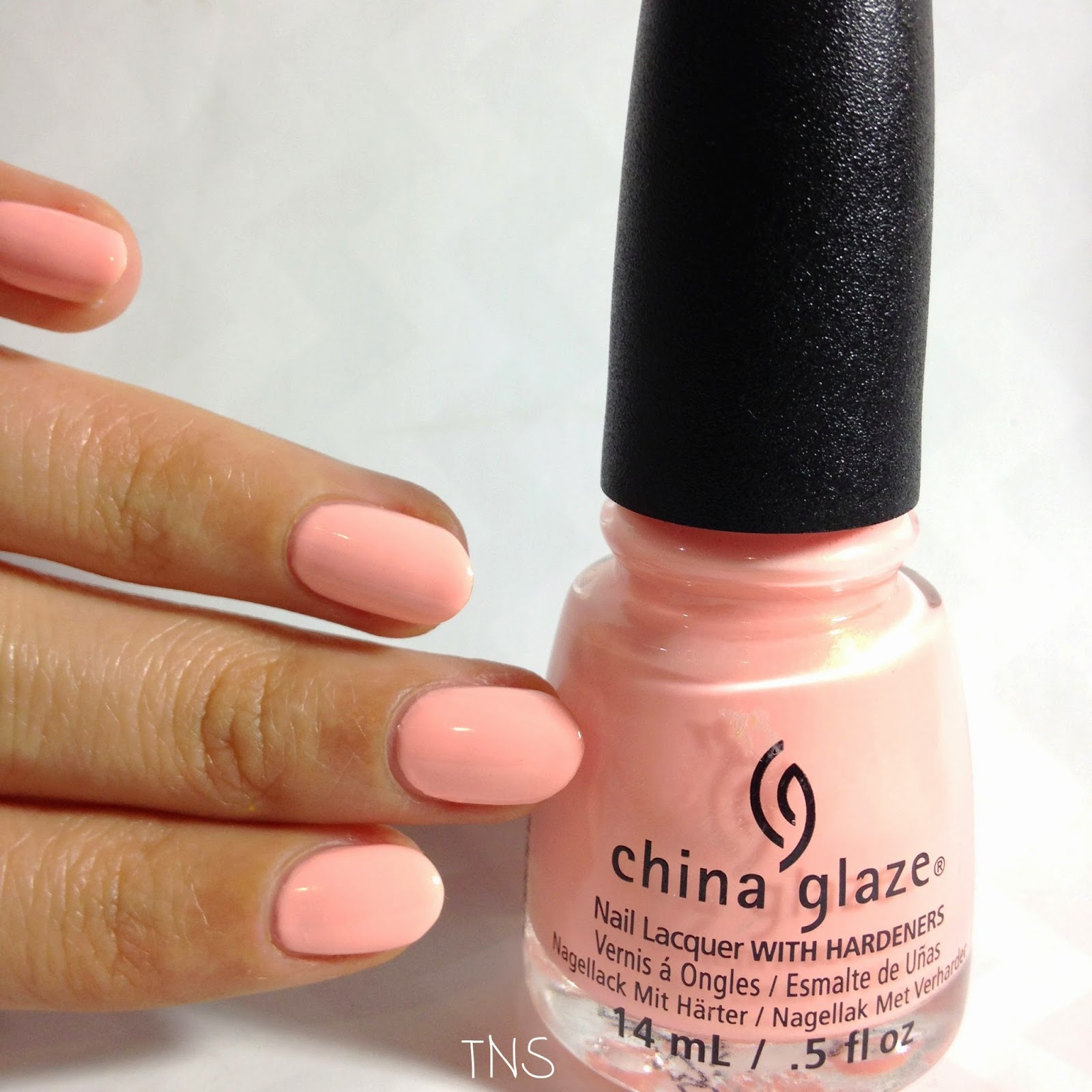 Pack lightly // Road Trip China Glaze 2015