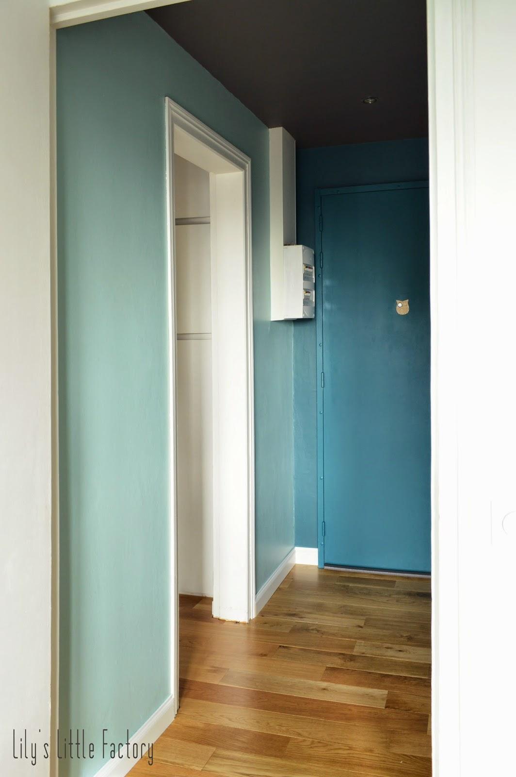 Une entr e bleu canard ou mes 5 conseils pour mettre de la couleur sur vos mu - Peindre 2 murs sur 4 ...