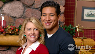 Melissa Joan Hart and Mario Lopez in Holiday in Handcuffs 2007 movieloversreviews.blogspot.com