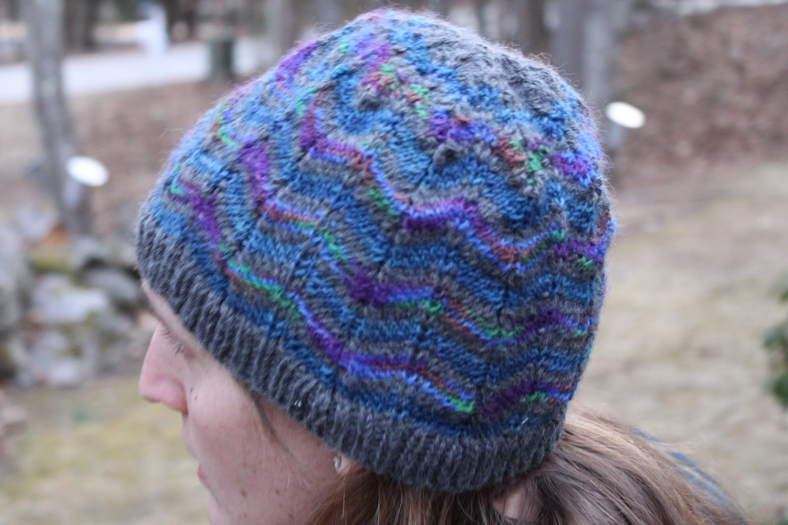 Zig Zag Hat Knitting Pattern : Green Mittens: Z is for Zigzag... another Hat...