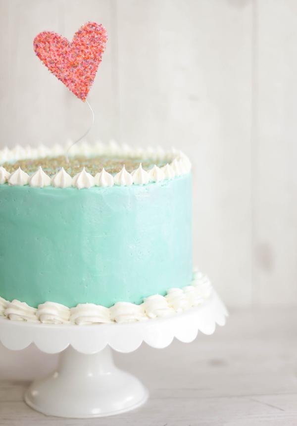 Cherry vanilla layer cake quick easy recipes for Easy and quick vanilla cake recipe