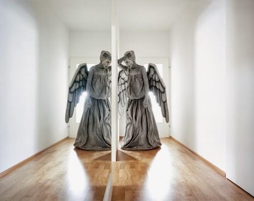 16-Austrian-Freelance-Photographer-Klaus-Pilcher-What-to-do-Between-Halloweens-www-designstack-co