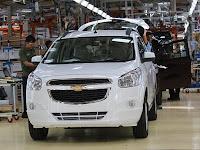 Harga dan Spesifikasi Mobil Chevrolet Spin