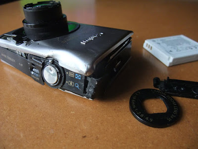 smashed canon camera after falling from kite