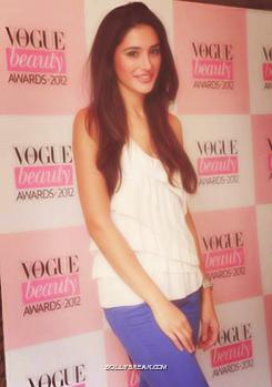 Nargis Fakhri at Vogue - (4) - Nargis Fakhri Unseen Face Close Up Pics