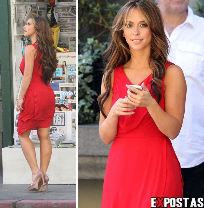 Jennifer Love Hewitt: set de 'The Client List' em Los Angeles - 26 de Outubro de 2012