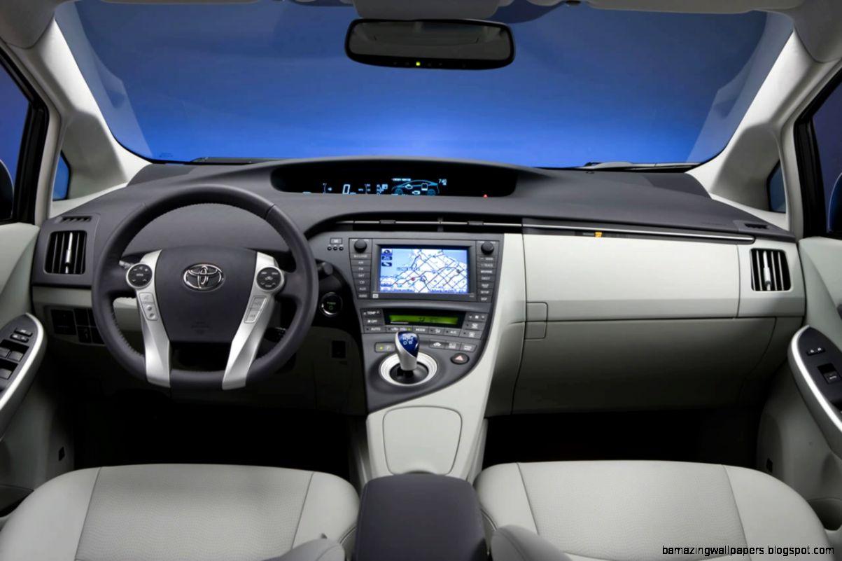 Toyota Prius interior gallery MoiBibiki 4