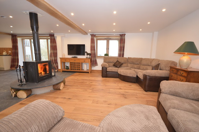 Devon Hot Tub Cottage Self Catering Barn Conversion Living Room