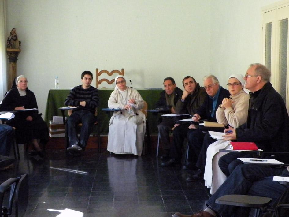 Encuentro de oto o de los delegados diocesanos del camino for Oficina del peregrino