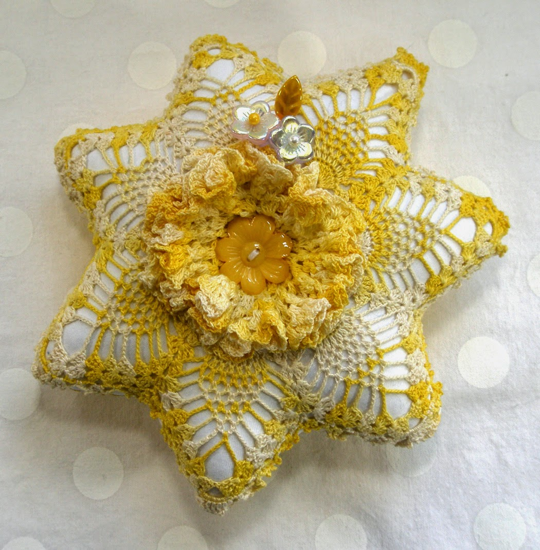 Frilly Doily Pincushion Tutorial