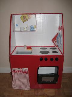 Mammarum giochi fai da te come costruire una cucina per for Scatole in legno ikea
