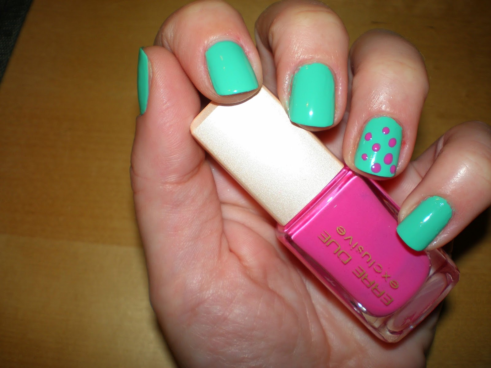 Manicure using Jessica Dynamite Teal and polka dots made using Erre Due #117