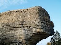 Murs del Castell de Taradell