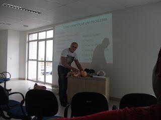 Curso de Primeiros Socorros no Hospital Municipal de Jaqueira pelo Professor Hélio Simões