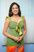 Hari Priya Glamorous Photo shoot gallery-thumbnail-19