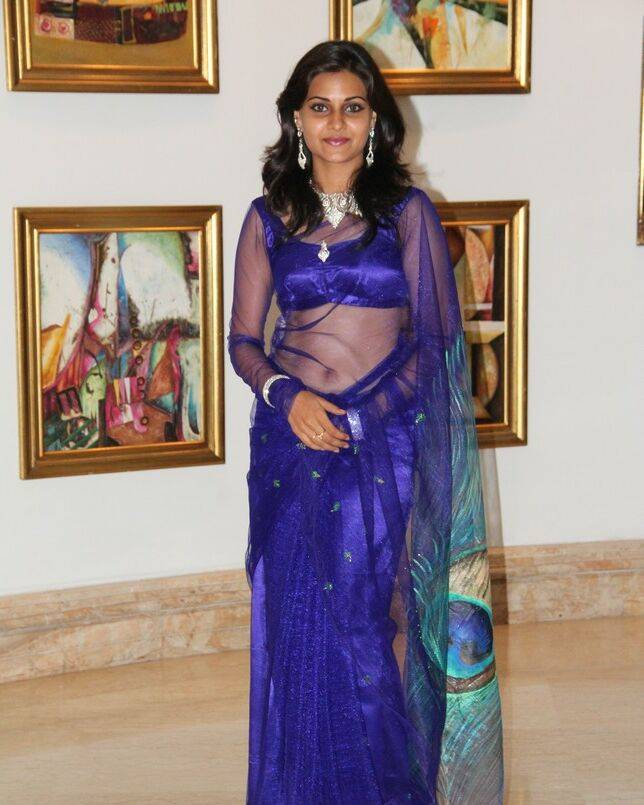 Tamil Actress Manumika Blue Transparent Saree Photos