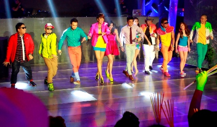 It's Showtime Hosts