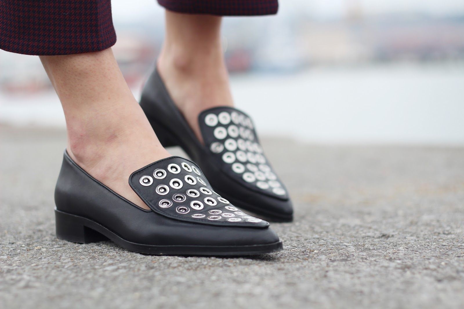 STUDDED & POINTED SHOES