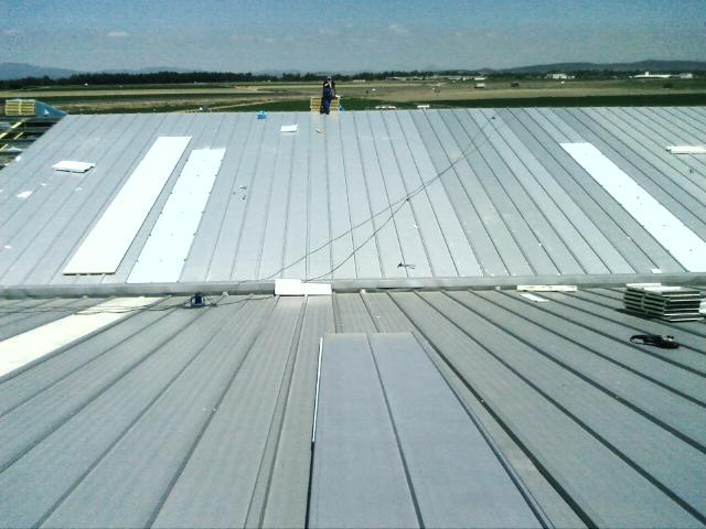 Venta y colocaci n de panel s ndwich para impermeabilizar - Cubiertas de tejados precios ...