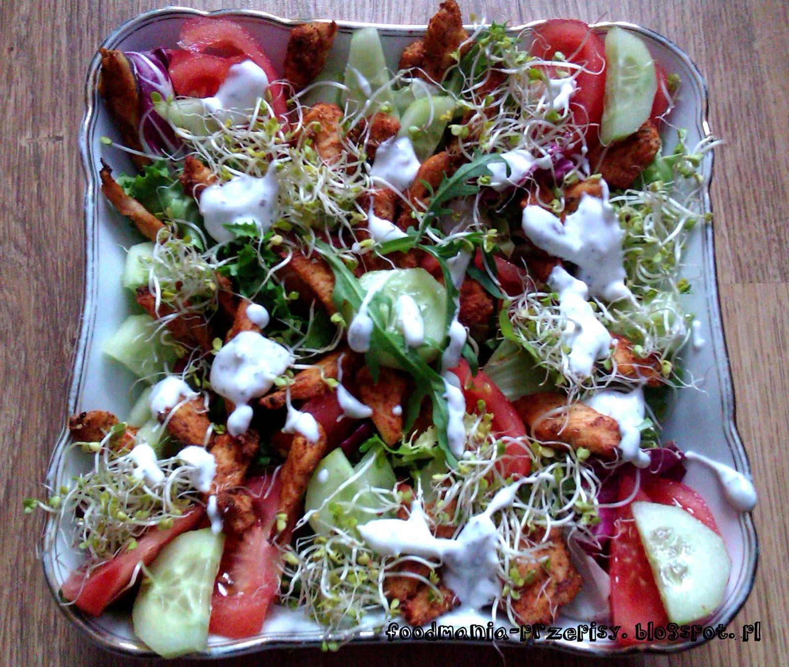 http://foodmania-przepisy.blogspot.com/2014/02/saatka-z-grillowanym-kurczakiem.html