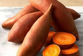 haloMOM-MOM suka Ubi Manis-Sweet Potato ?? Simak Manfaatnya....