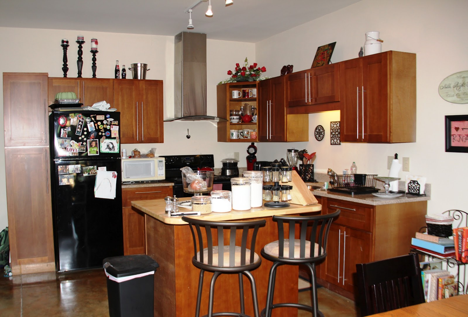 Decorating A Small Apartment Kitchen Apartment Kitchen Decorating Ideas Decoration Ideas Magnificent