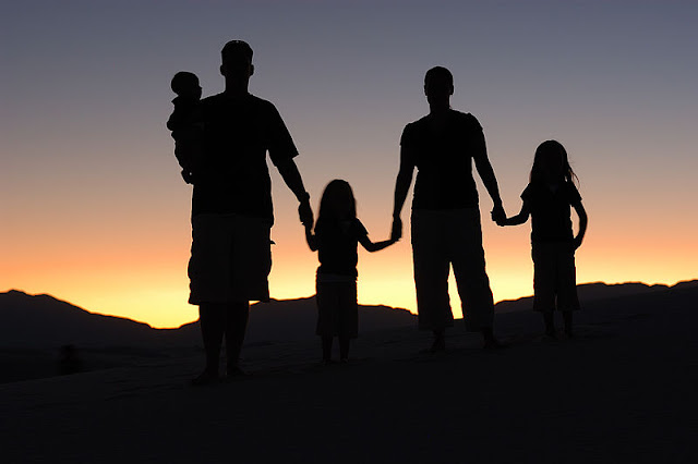 family portrait, healthrisks, reduce life insurance premium