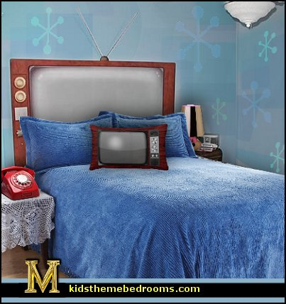 Decorating theme bedrooms maries manor 50s bedroom for Fashion themed bedroom ideas