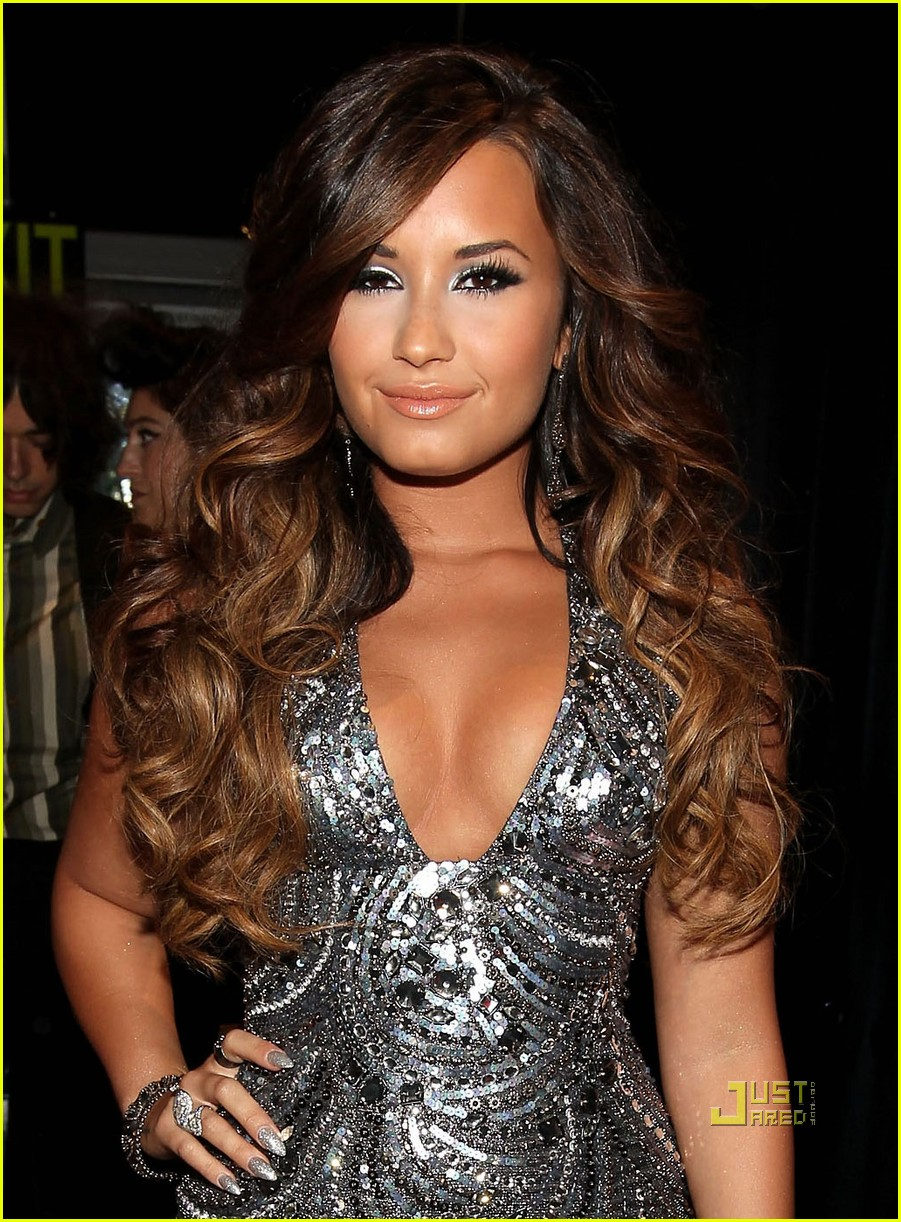 Demi Lovato - Wikipedia, the free encyclopedia