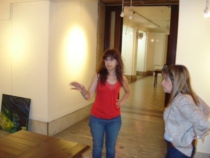 Armando mi Exposición en el Salón Jose Luis Cabezas con Mónica Moure