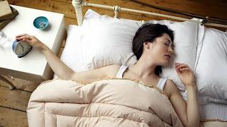 Dormir boca arriba favorece la aparición de ronquidos