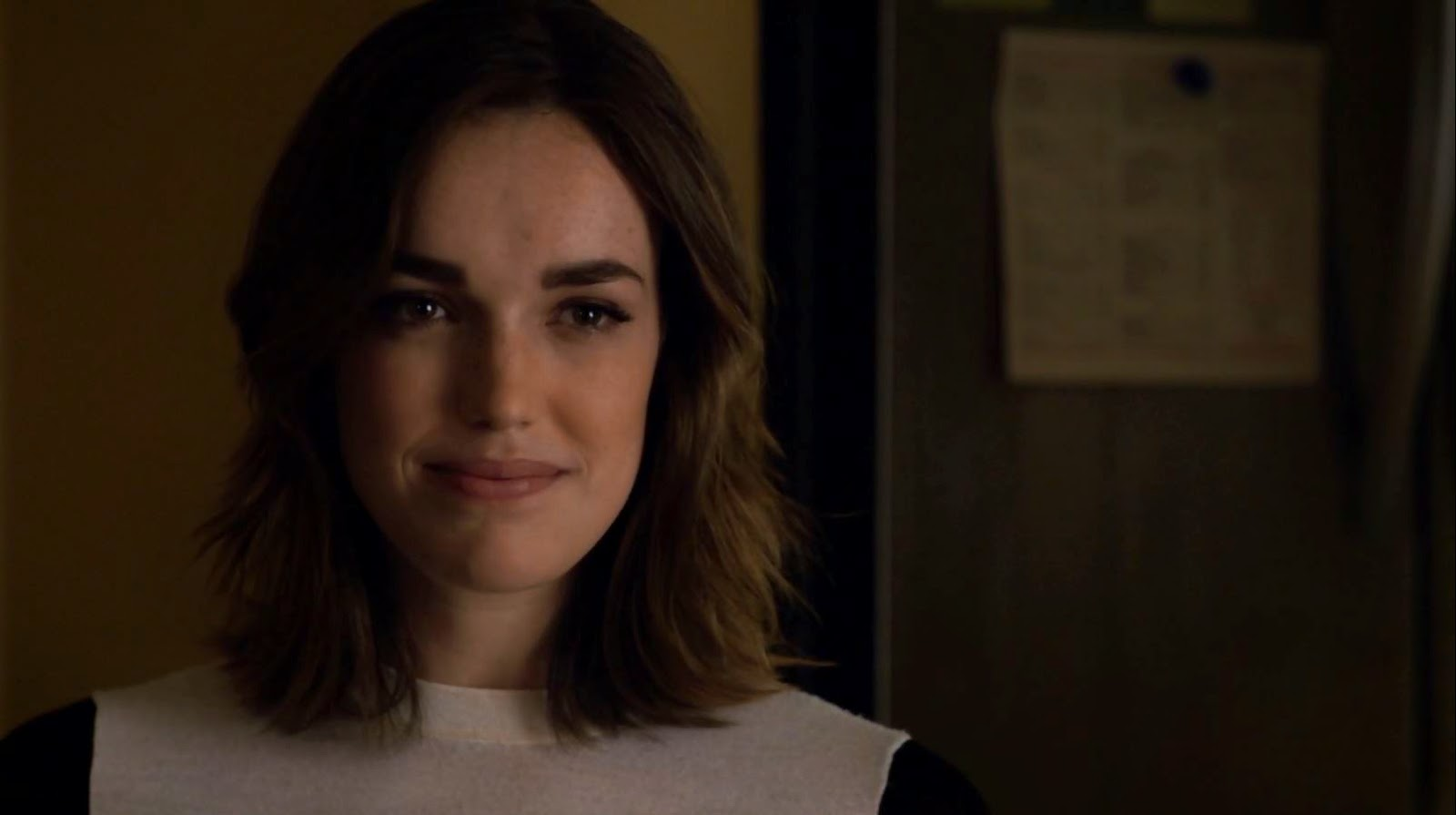 cute Elizabeth Henstridge hair sexy Jemma Simmons hot nude Agents of SHIELD characters