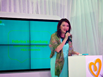 Febrina Herlambang, Communication Manager P&G Indonesia  memberikan kata sambutan