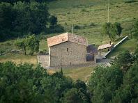 Aproximació fotogràfica a la masia de La Masó des del mirador del Camí de l'Aigua
