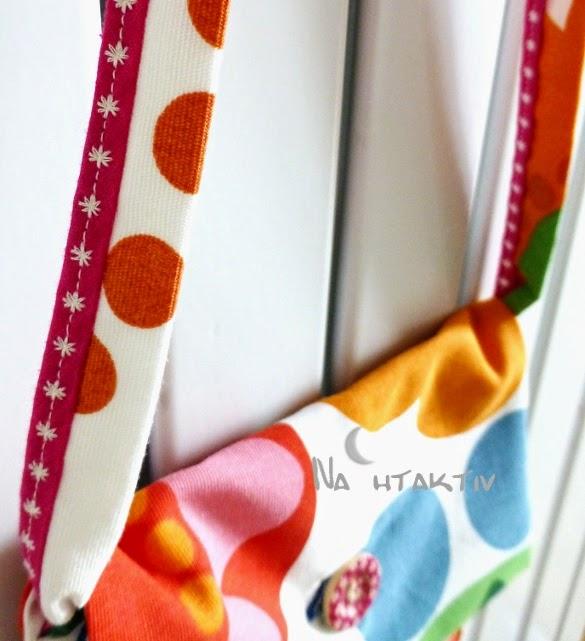 IKEA Stoff Blumen bunt Stickerei Schrägband Knopf annähen Knopfloch nahtaktiv Tasche Kinder Prilblumen