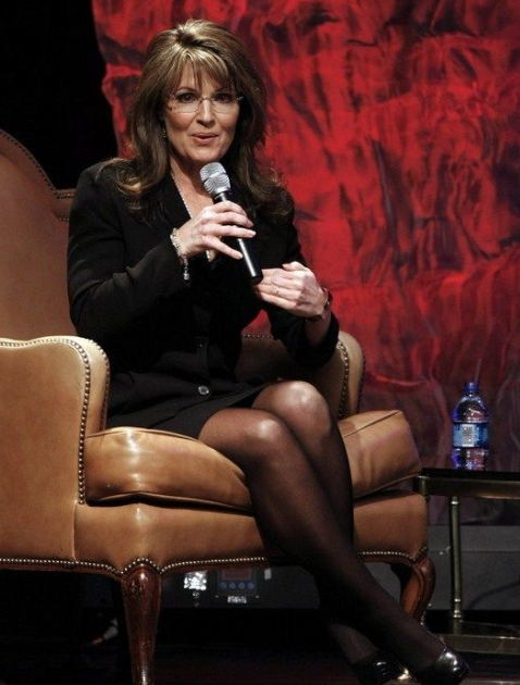 Celebrity Legs and Feet in Tights: Sarah Palin`s Legs and ...