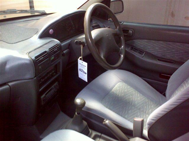 interior mobil timor