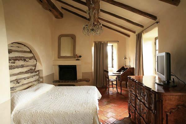 dormitorio rustico hotel