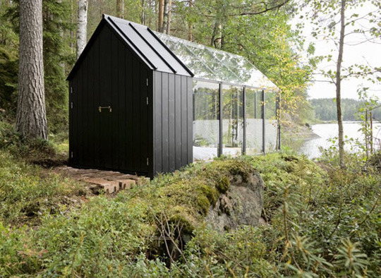 Ebbie 39 s eye kekkil garden prefab garden shed turned for Prefab garden sheds