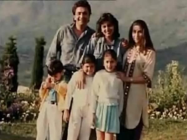 karishma and kareena kapoor childhood familyKareena Kapoor And Ranbir Kapoor Childhood