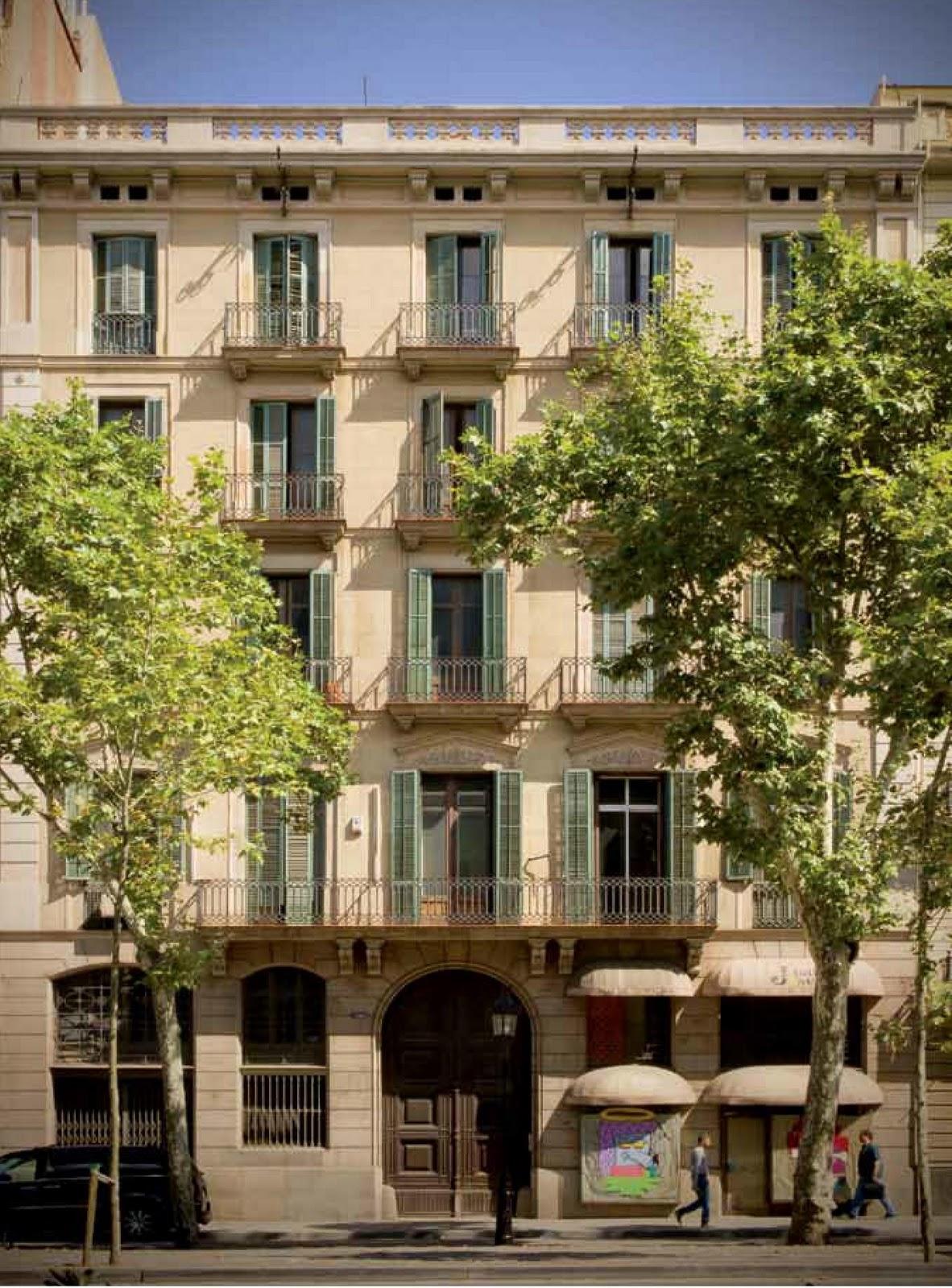 Conoce el edificio de casa decor 2011 en barcelona blog tendencias y decoraci n - Decoradores interioristas barcelona ...