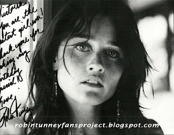 Robin Tunney's messages