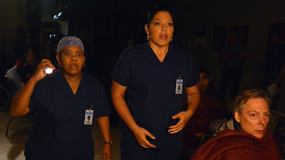 Grey's Anatomy S09E24. Perfect Storm (SEASON FINALE)