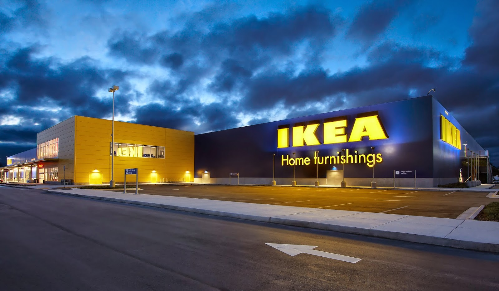 http://3.bp.blogspot.com/-23Roka0bKzU/VUTXjsFiGXI/AAAAAAAAAc0/BedNAslQ7tc/s1600/Ikea-1432.jpg
