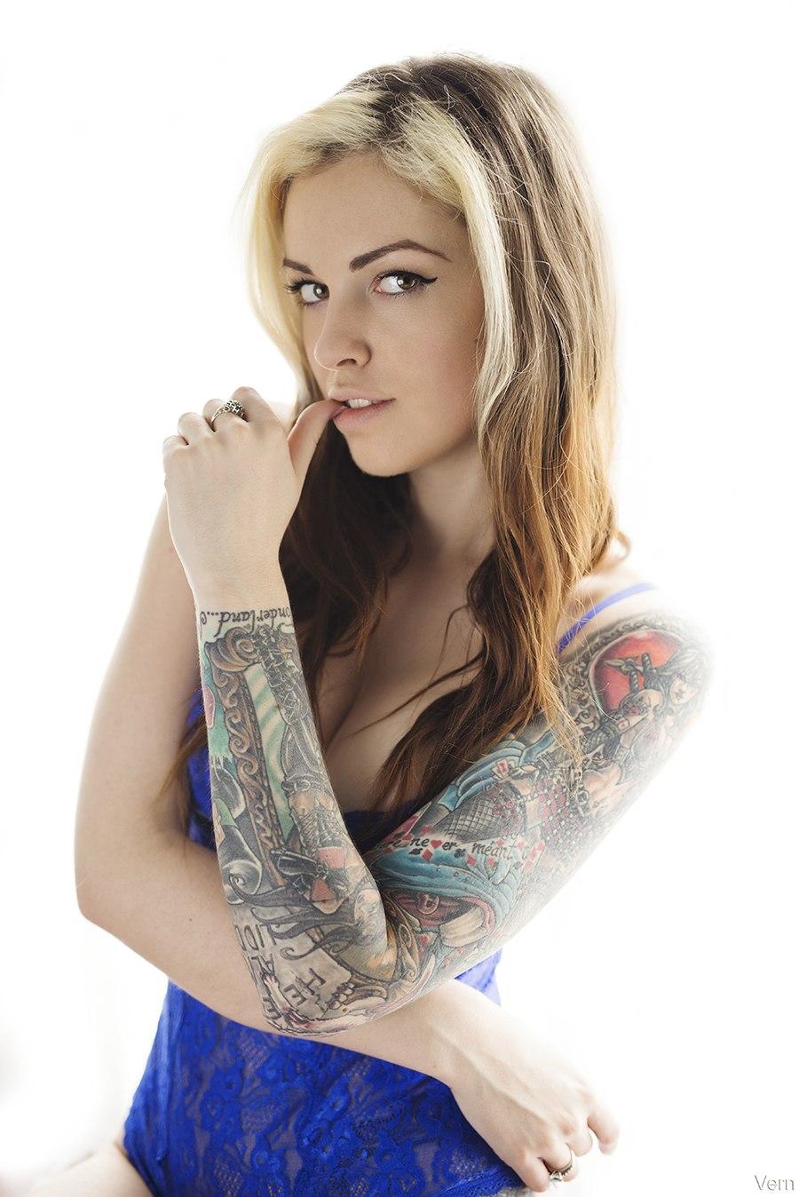 Anna Quinn Sexy Nude Pics - Tattoo Models
