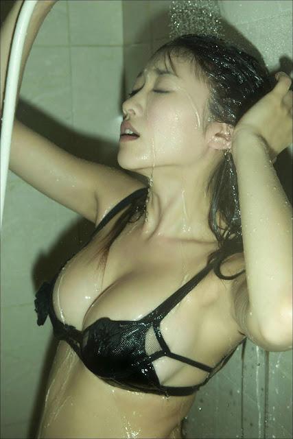Foto Hot l Gadis Cantik Pamer Body