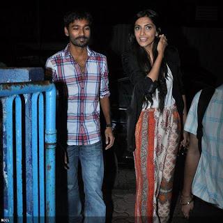 Sonam & Dhanush meet fans at Chandan Cinema