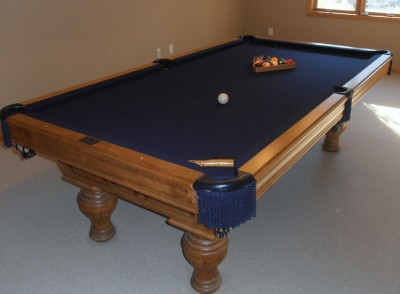 JONAHS ONLINE SALES American Classic Pool Table - Classic billiard table