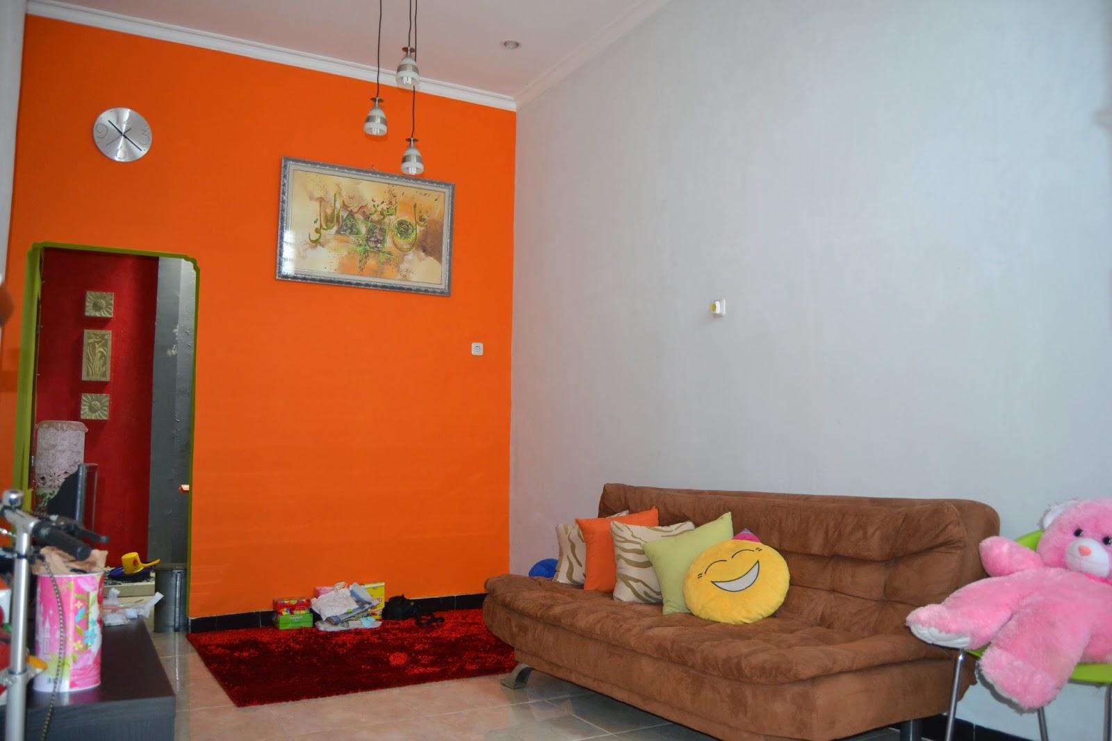 Rumah disewakan di Gintung Tanjung Barat Jakarta Selatan 2 - Hub Asdianawaty 081314851327
