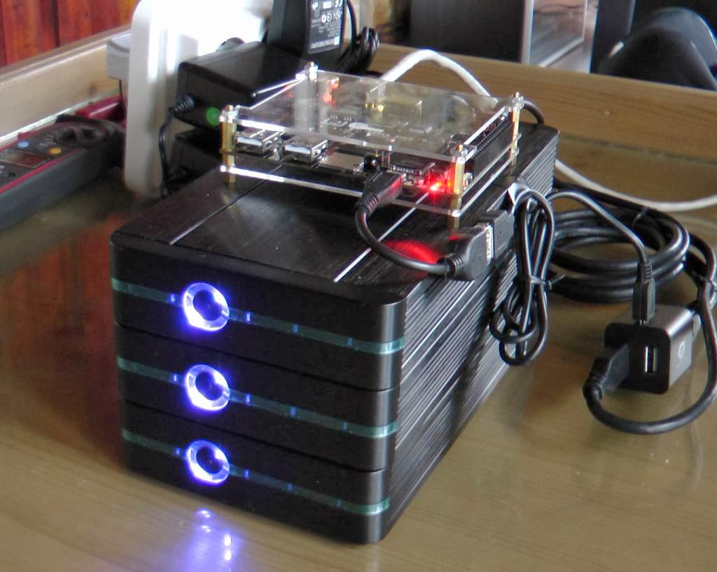 Radxa Rock as a 3 hard disks NAS (11W idle, 33W with 2 disks streaming)